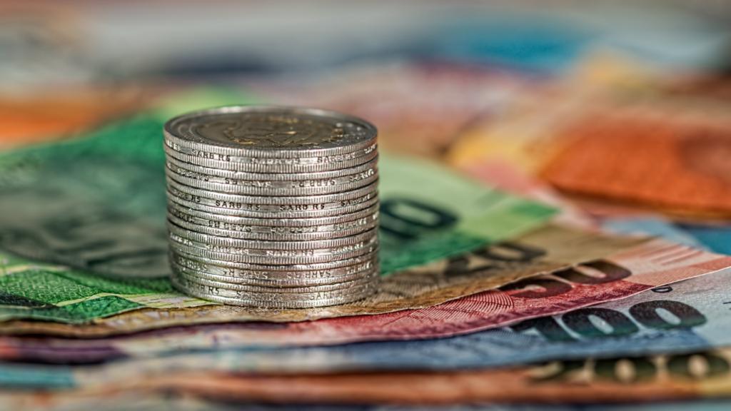 FXはいくらから始められる?用意すべき投資資金の考え方